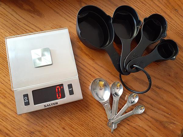 measuring cup計量カップ